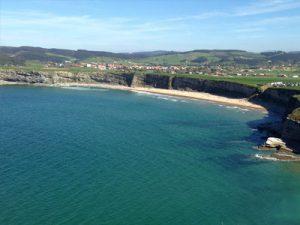 mejores playas cantabria langre