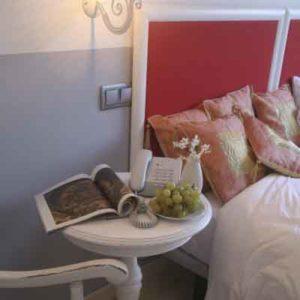 habitacion-hotel-rural-con-jacuzzi-en-la-habiacion-en-cantabria