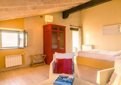 habitaciones superiores con salon