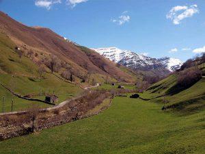rutas pueblos con encanto villas pasiegas valles pasiegos
